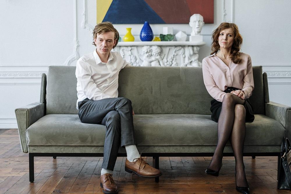 couple break lease in queensland